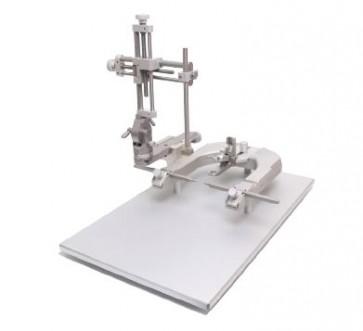 Digital U-Frame Stereotaxic Instruments